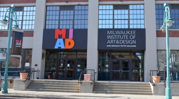 Milwaukee-Institute-of-Art-and-Design-Historic-Third-Ward_780x418